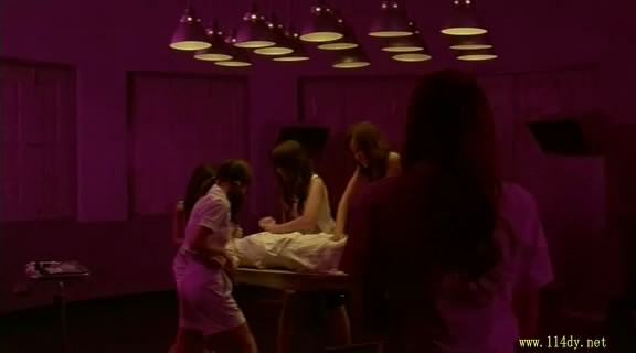 疯魔美女dvd泰国07最新性感美女超恐怖大片