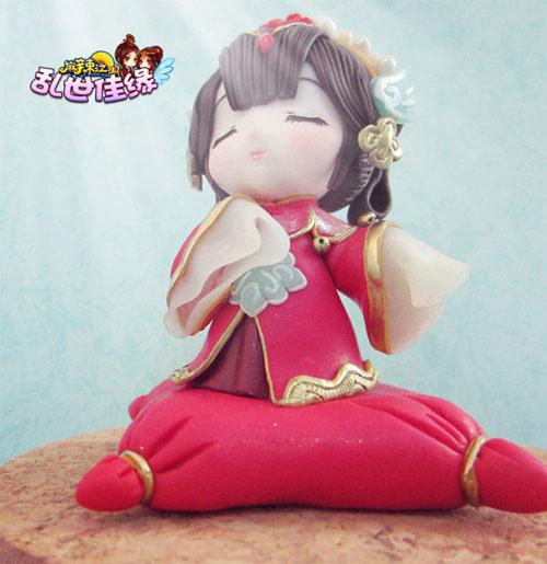 可爱的婚服娃娃么,心灵手巧的麻辣江湖玩家让它们从二次元的屏幕中